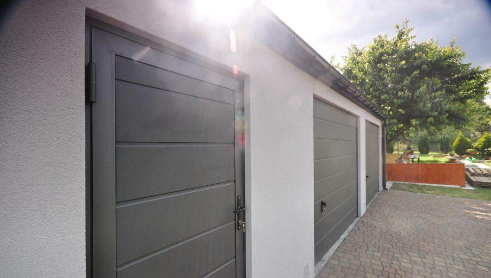 Garaż ocieplany Duo-Clasic - 2 samochody + część gospodarcza 9,0 x 6,0 m