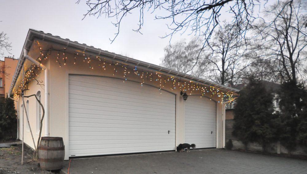 Garaż tynkowany Duo-Antica - 3 samochody, 9,0 x 6,0 m