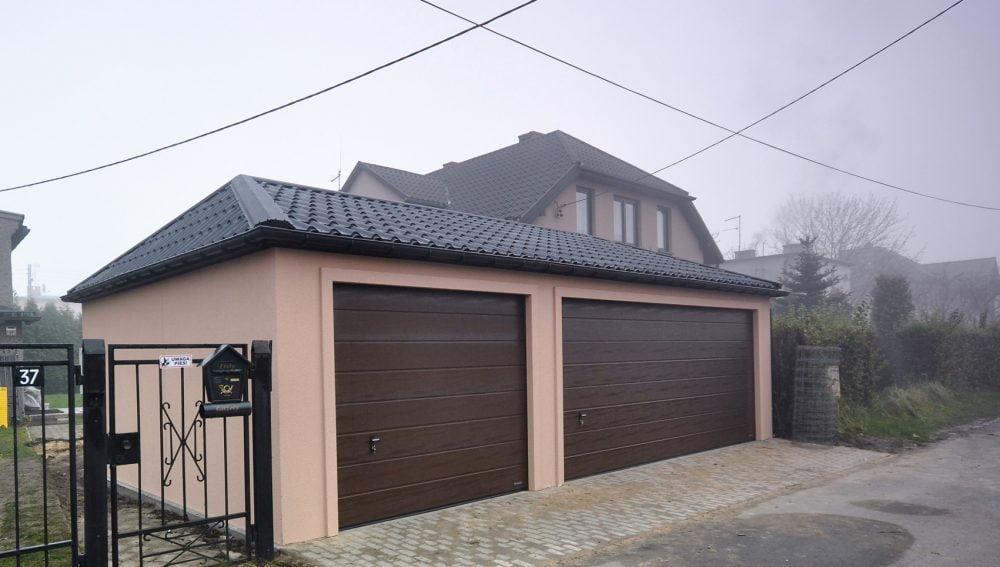 Garaż tynkowany Quatro-Classic - 3 samochody, 9,0 x 6,0m