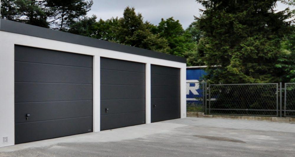 Garaż tynkowany Uno-Classic - 3 samochody, 9,0 x 6,0m
