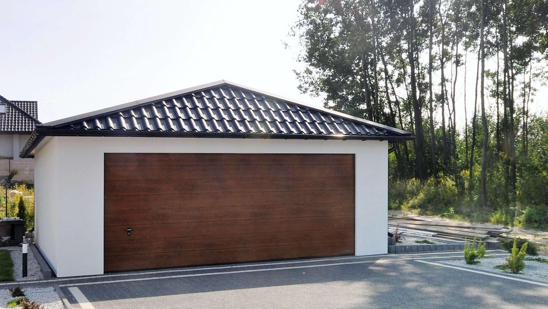 Garaż ocieplany Quatro-Classic - dach czterospadowy, 6,0 x 5,7 m