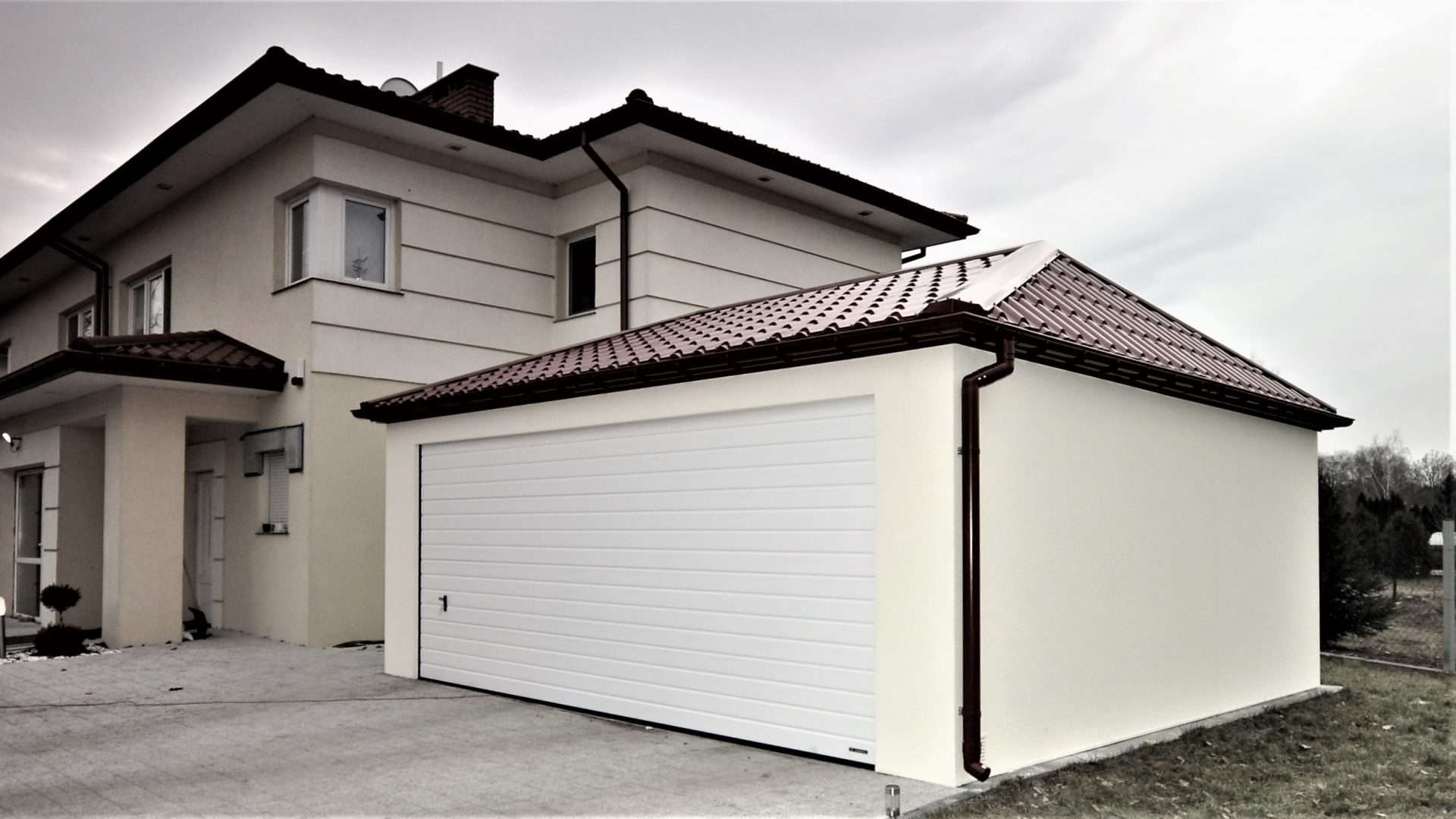 Garaż tynkowany Quatro-Classic 6,0 x 5,7 m