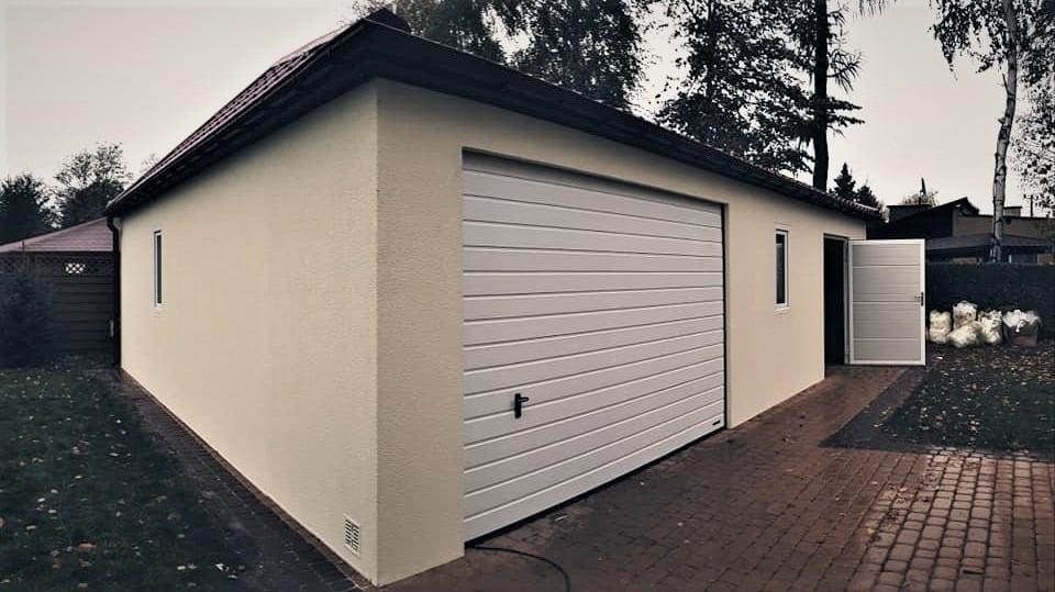 Garaż tynkowany Quatro-Classic, pomieszczenie-gospodarcze 9,0 x 5,7 m